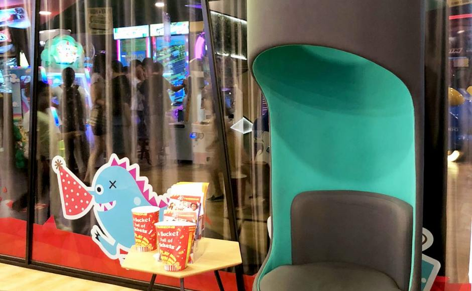Timezone Arcade - Vivo City | Product Seen: [Verbal Lounger & Form Coffee Table]